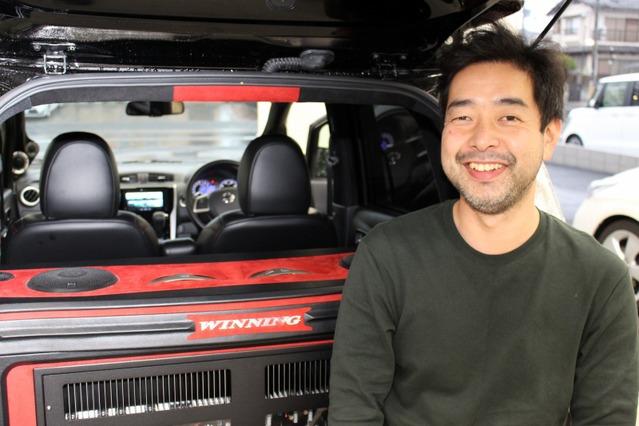 オーナーの竹村さんは20年前にウイニングに来店して以来のヘビーユーザー。このクルマではデザインとサウンドの両立を狙った。