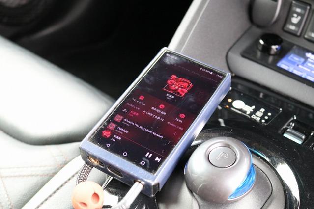 主なオーディオプレイヤーとして利用しているのはFiio M11 PRO SS。今後は車載オーディオプレイヤーの導入も検討中だ。