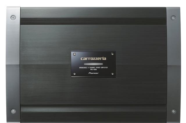 外部パワーアンプの一例(カロッツェリア・PRS-A900)。