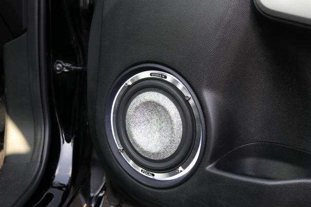 フロントスピーカーにはデモボードで聴いた音に惚れ込んでフォーカルのユートピアMをセレクト