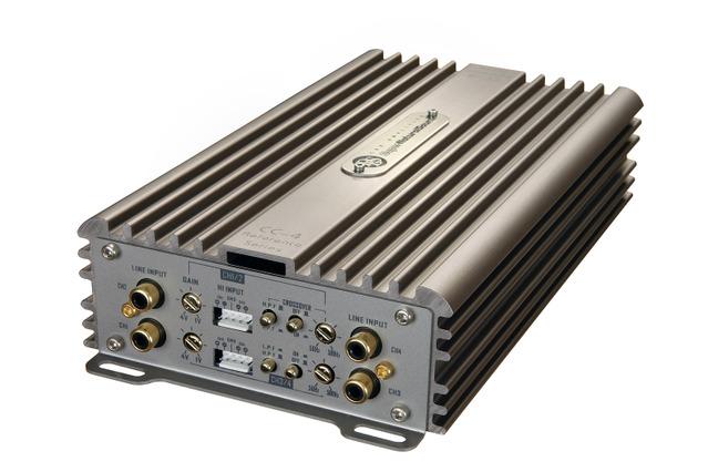 4chパワーアンプの一例(DLS・CCi44)。