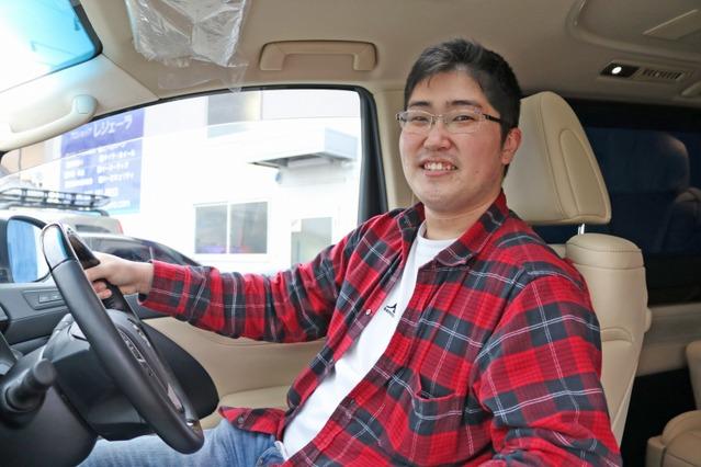 ゴルフや釣りのレジャーカーと高音質なオーディオカーを両立させるインストールを施し、愛車をフルに活用する鈴木さん。