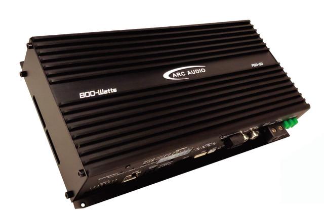 """""""パワーアンプ内蔵DSPの一例(アークオーディオ・PS8-50)。"""