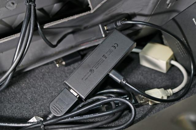 メディア再生の多様性をグレードアップするためAmazon Fire TV Stickを取り入れているのも特徴だ。