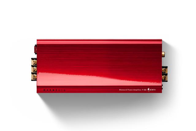 市販「外部パワーアンプ」の一例(ビーウィズ・P-100)